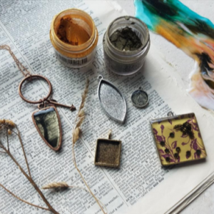 Jewelry-making: Getting Real with Resin